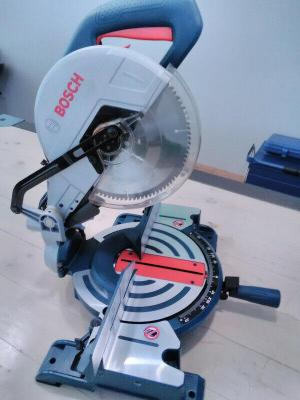 BOSCH GCM10-S 10 INCH DOUBLE BEVEL SLIDE MITER SAW 240 Volt