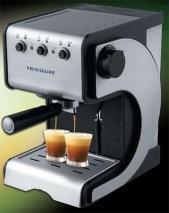 Frigidaire FD7189 Espresso & Cappuccino Maker for 230 Volt/ 50 Hz