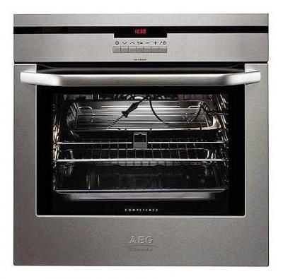 AEG B8871-4-M built in oven 220-240 volts