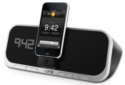 iHome iA5 Alarm Clock Radio with iPhone/iPod dock for 220 Volts