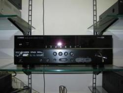 Yamaha RXV373BL 5.1 Channel Home Theater Receiver for 110 Volts