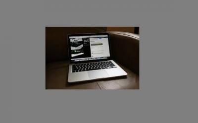 Apple MacBook Pro with Retina Display 13/15-inch Notebook ME864ZP/A: 13