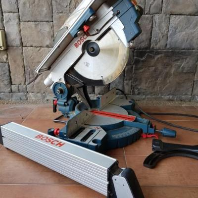 Bosch GTM 12 Professional Combination Table Saw  220 Volts NOT FOR USA