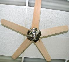 Hunter EX091 Ceiling fan 220 Volt 50Hz