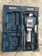 DeWalt D25980KQS Demolition Breaker Hammer 220V