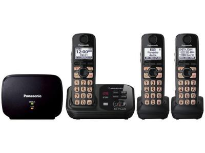 Panasonic kx-tg4753b three handset cordless phone 220-240 volts 50/60 hz
