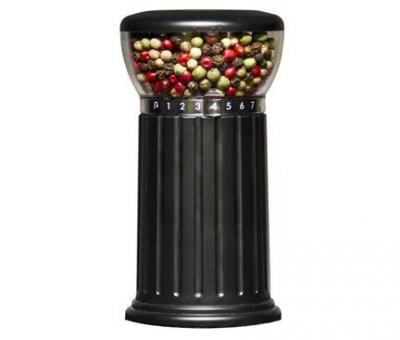 Chef Pro CPM766B Peppermill 7 settings for coarseness of grinding peppercorn, salt or dried herbs