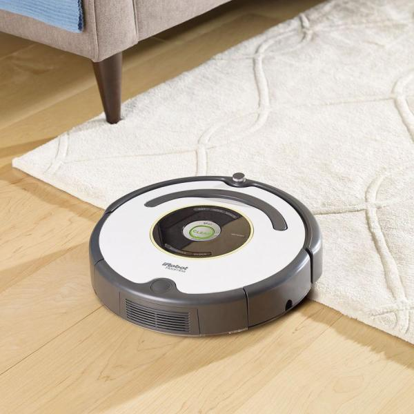 Irobot roomba 665 vacuum cleaning robot 110 volts only - Can a roomba go from hardwood to carpet ...