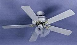 "SAKURA SA5203 52"" Ceiling Fan for 220 volts white color"