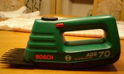 Bosch AGS70 220-240 Volt Battery Grass Shear with, High quality rechargeable batteries
