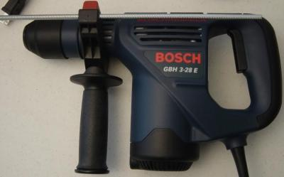 Bosch GBH3-28E 240 Volt 50Hz Electronic 28mm Rotary Hammer with Powerful 720 Watt for top drilling performance,