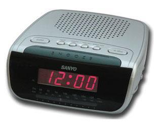sanyo rm5750 alarm clock radio for 220 volts 220 volts. Black Bedroom Furniture Sets. Home Design Ideas