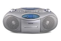 Sanyo MCD-UB685 Small and stylish stereo for 220 Volts