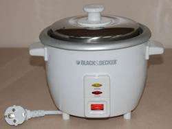 Black and Decker RC600 0.6 Liter (3-cup) Rice Cooker - 220V