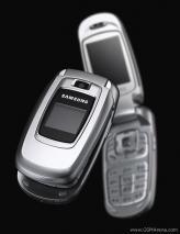 SAMSUNG SGH-X670 UNLOCKED TRIBAND GSM BLUETOOTH CAMERA PHONE