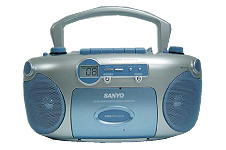 SANYO MCD-ZX900V Portable Boom Box with Video CD play back